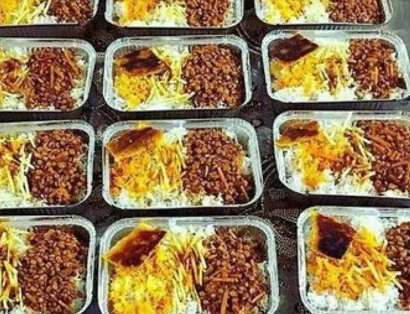 توزیع بیش از 200 پرس غذای گرم در ایلخچی