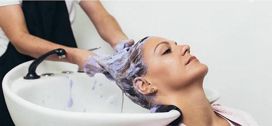 آیا رنگ مو باعث ابتلا به سرطان می گردد؟