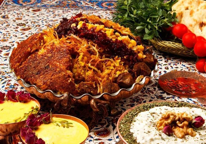 3 طرز تهیه مانی پلو مجلسی دامغانی با گوشت تکه ای، مرغ و گوشت قلقلی