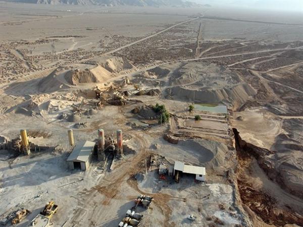 استفاده از ظرفیت معادن کشور را از اقتصاد نفتی نجات می دهد، ظرفیت معادن در استان مرکزی نباید مورد غفلت قرار گیرد